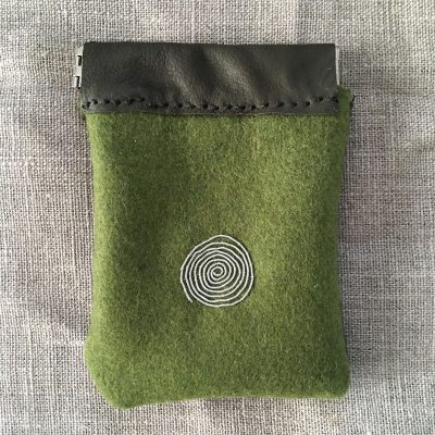 Reindeer Leather Coin Purse green